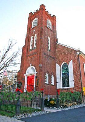 St. Luke's Food Pantry - Newtown